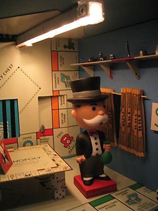Monopoly light
