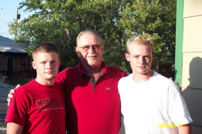 Larry_raile_and_grandsons